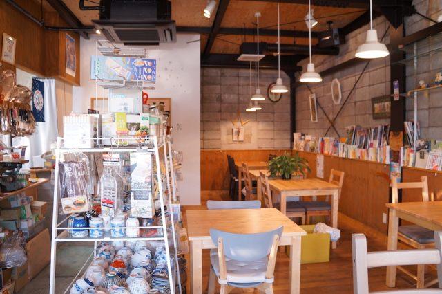 kanamonya cafe inuishi
